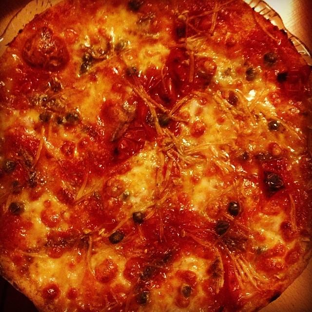 È stasera pizza con acciughe…