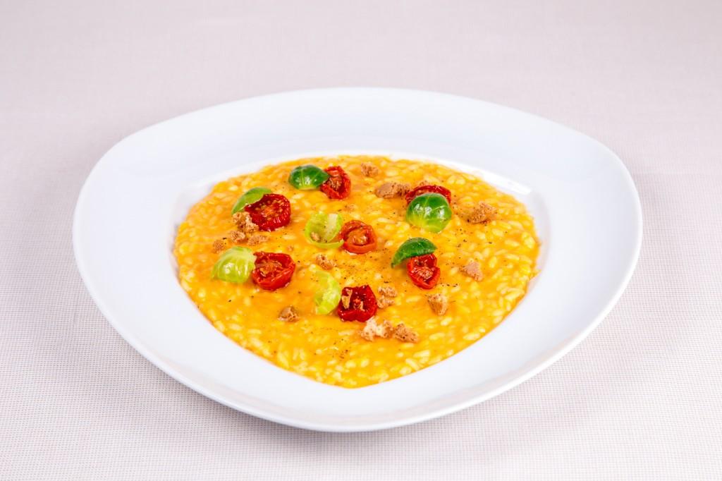 risotto alla zucca con pomodorini secchi